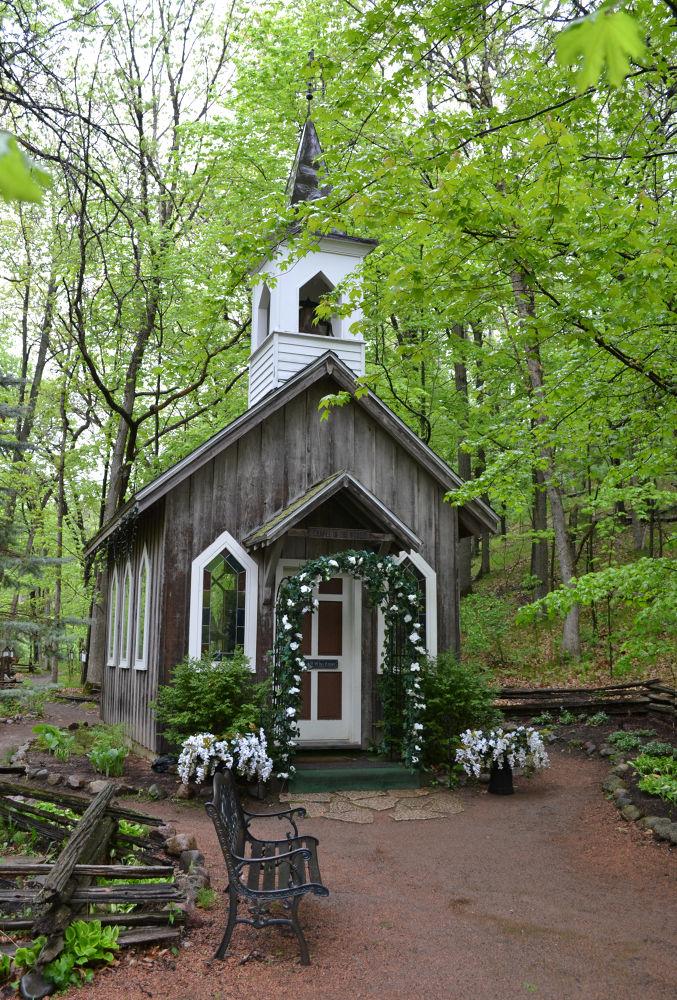 chapel by Oliver Kirchheim