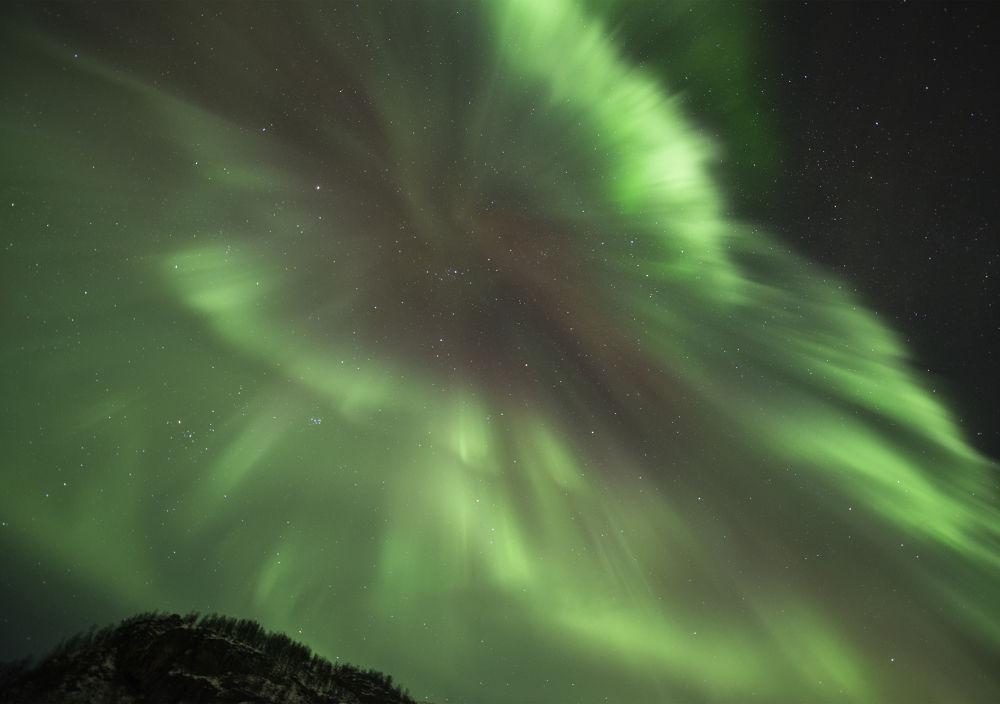Aurora Corona by Ørnulf Jenssen