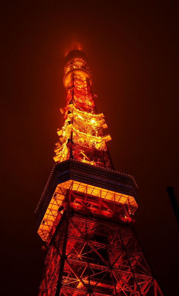 Tokyo tower by DinaSilantyeva