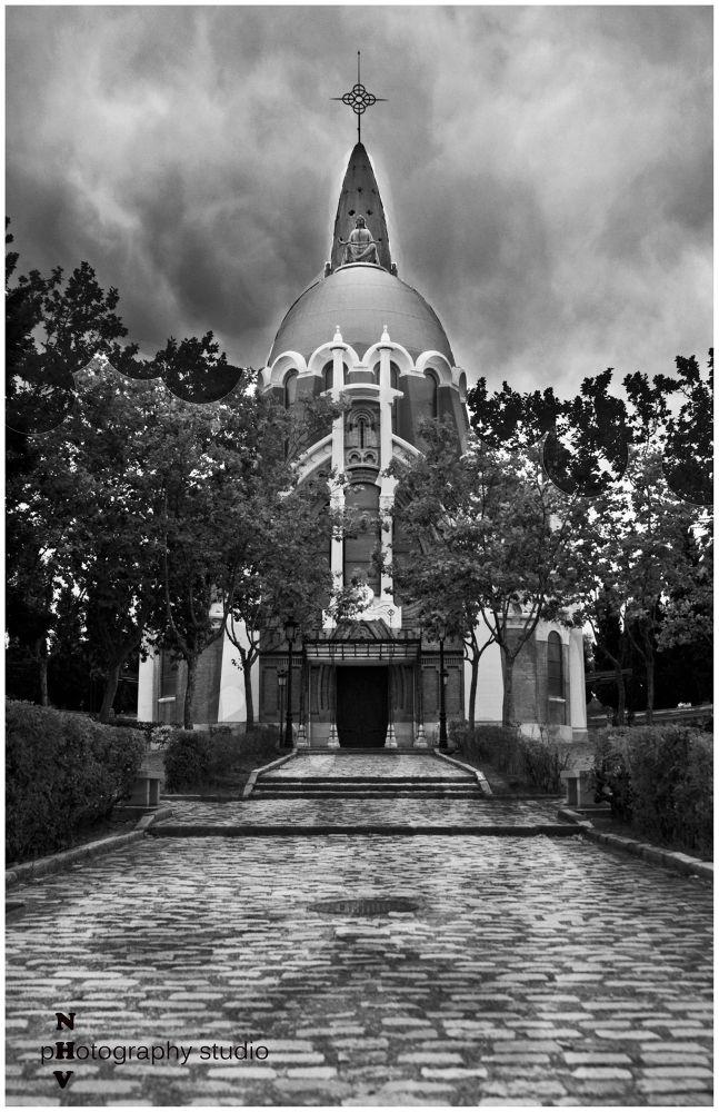 Cemetery II by Noel de las Heras