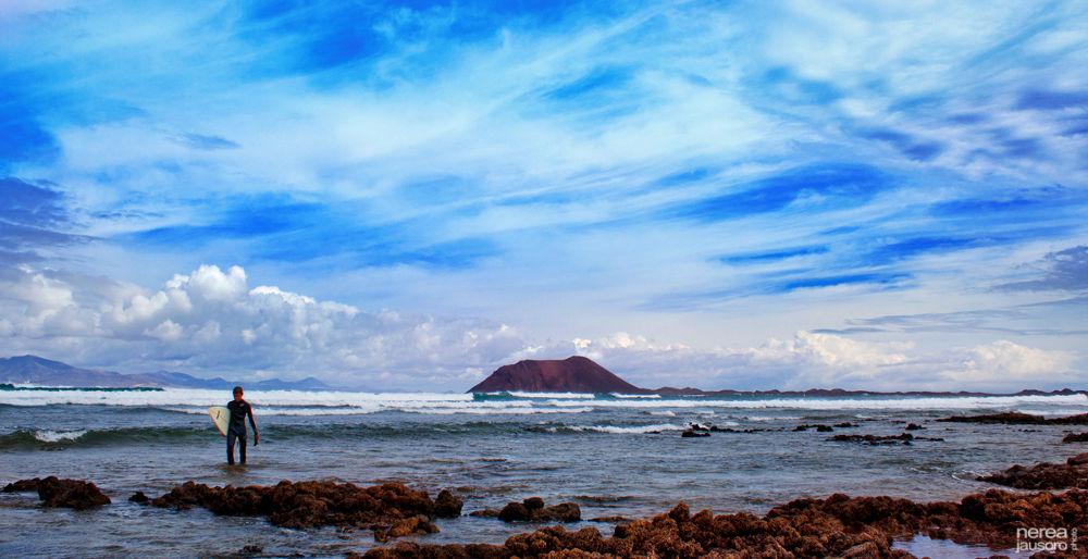 Lobos island by nereajausoro