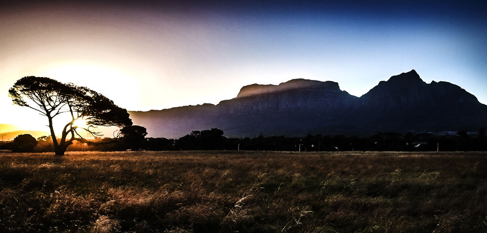 Table Mountain and Devil's Peak by Jfunk