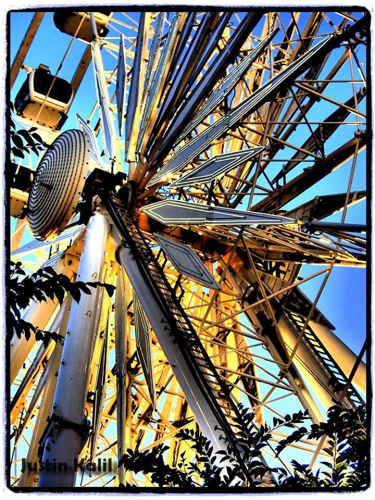 Ferris wheel, Cape town, Eye in the Sky,  by Jfunk