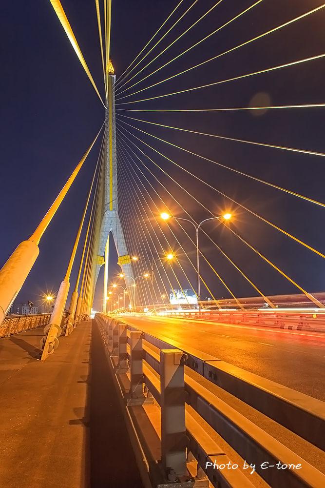 Rama 8 Bridge  bangkok Thailand by Payak Kaewyai