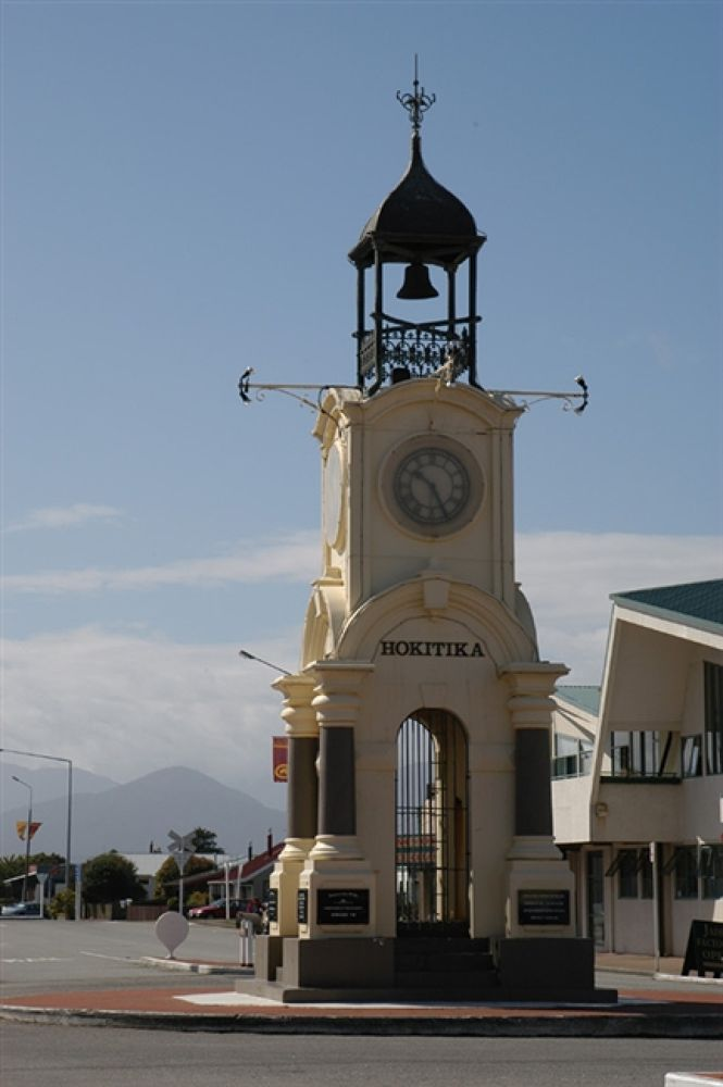011903-Hokitika089 by travelpic