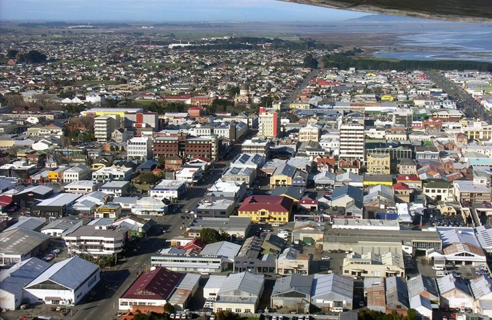 Downtown_Invercargill,_Southland,_New_Zealand by travelpic