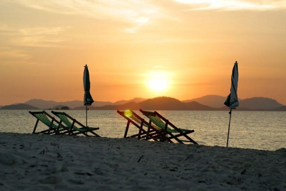 Phuket_Resorts, by travelpic