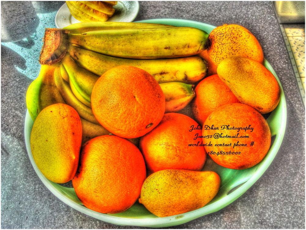 frutas al sol by JohnDkar