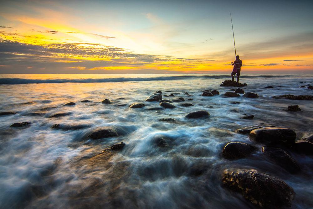 Fishing by AdeNoverzan