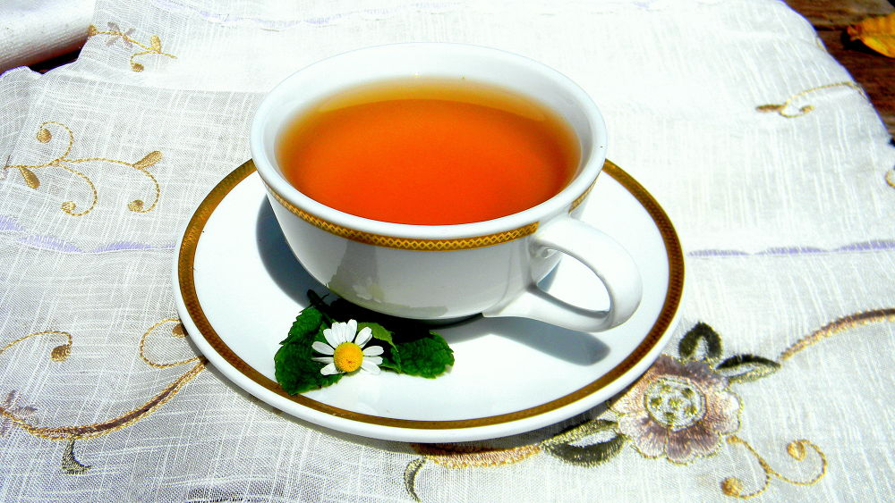 Tea time; fresh from my garden ... by Ivo Frbéžar