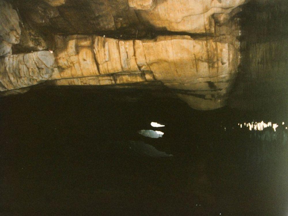 Longtang_Caves_Hubei-107 by Arie Boevé