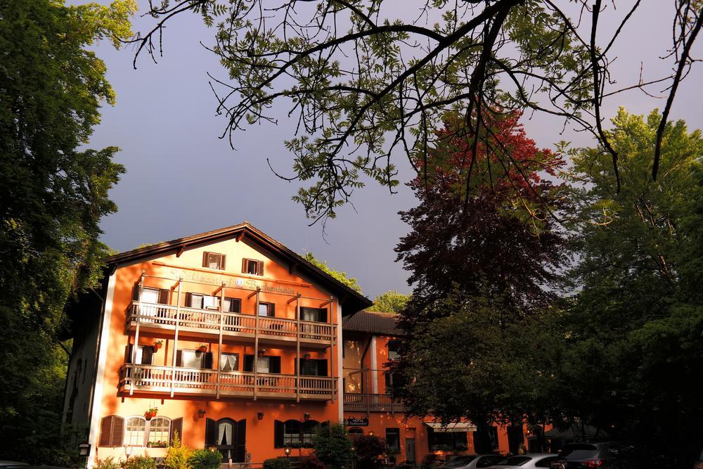 Photo in Travel #kurzreise bayern #urlaub in deutschland #kurzurlaub in münchen #trip to bavaria #holidays in germany #travel to munich #hotel in münchen #munich hotel #restaurant bei münchen #restaurant near munich