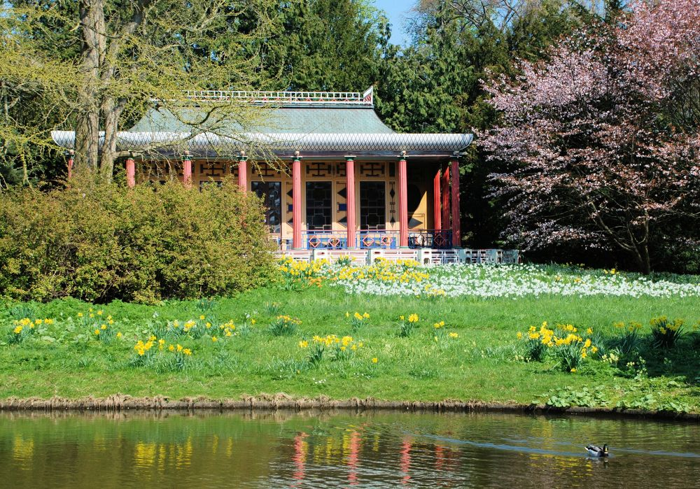 Spring in Frederiksberg gardens by Anker Petersen