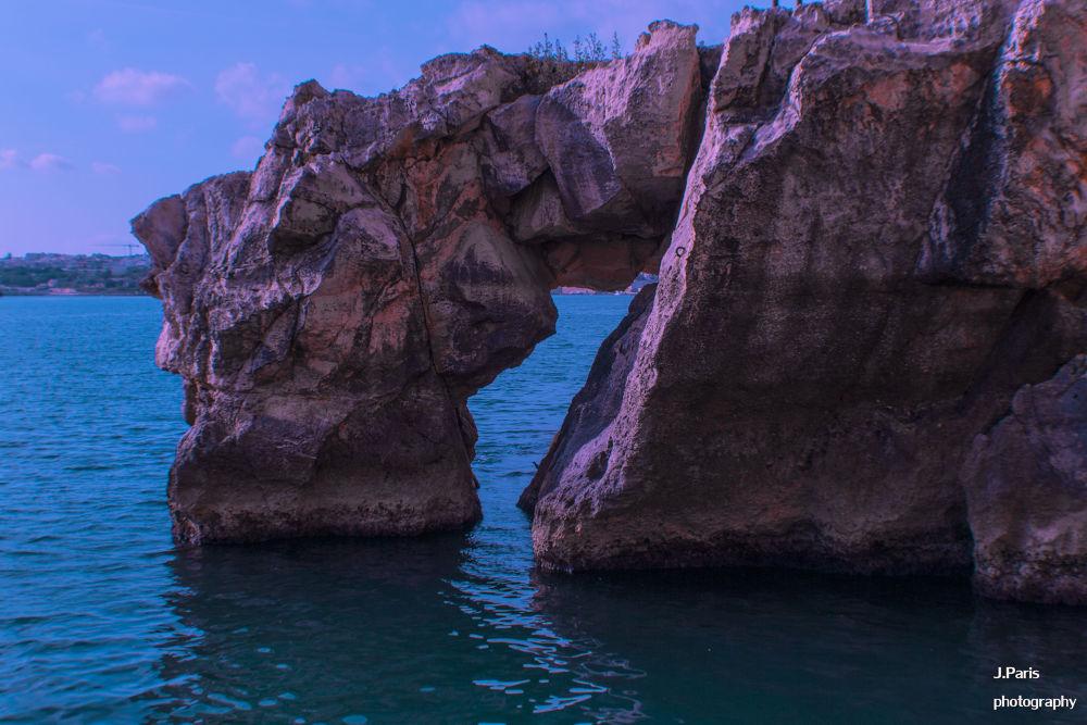 Rocks by Jonathan Paris