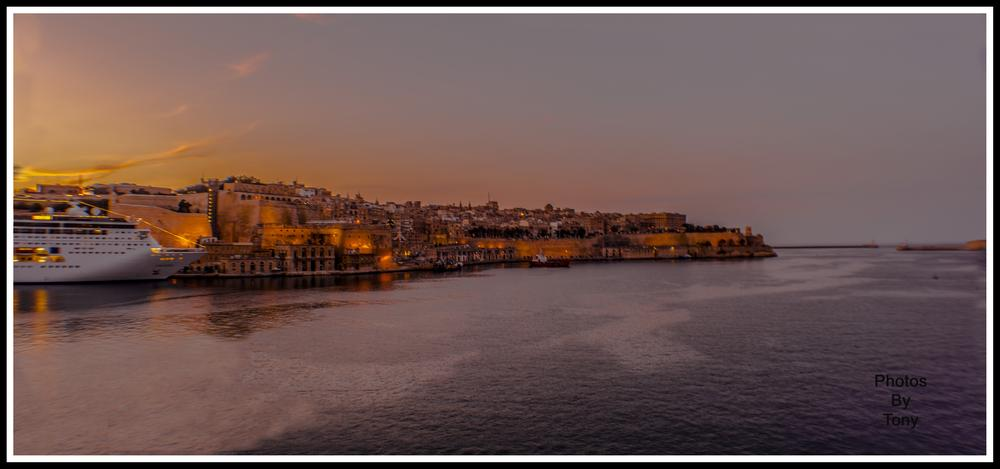 Valletta Grand Harbour by Anthony Bonnici