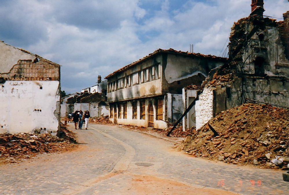 War - Kosovo 1999 by Jasminkaraxhi