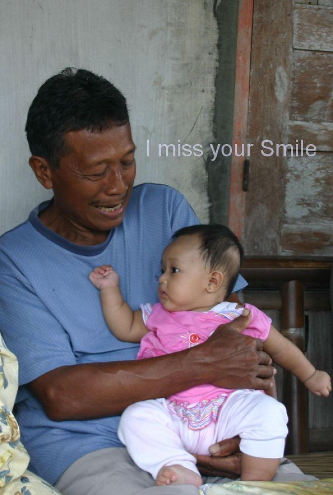 miss your smile dad :') by Doddywisnu