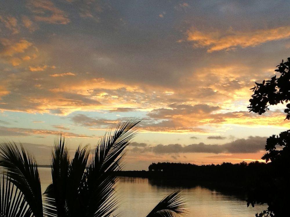 Cabong Sunrise by Erlinda Bocar Kantor