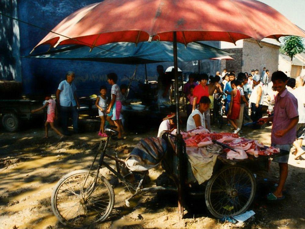 Zhangji_Village_1997-120 by Arie Boevé
