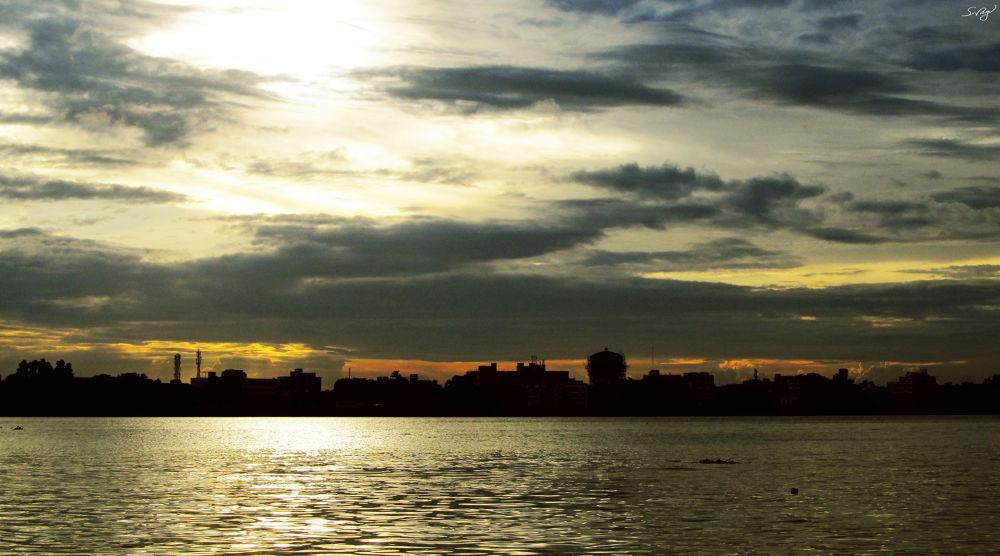 Kolkata City, India by Sum1sClickz
