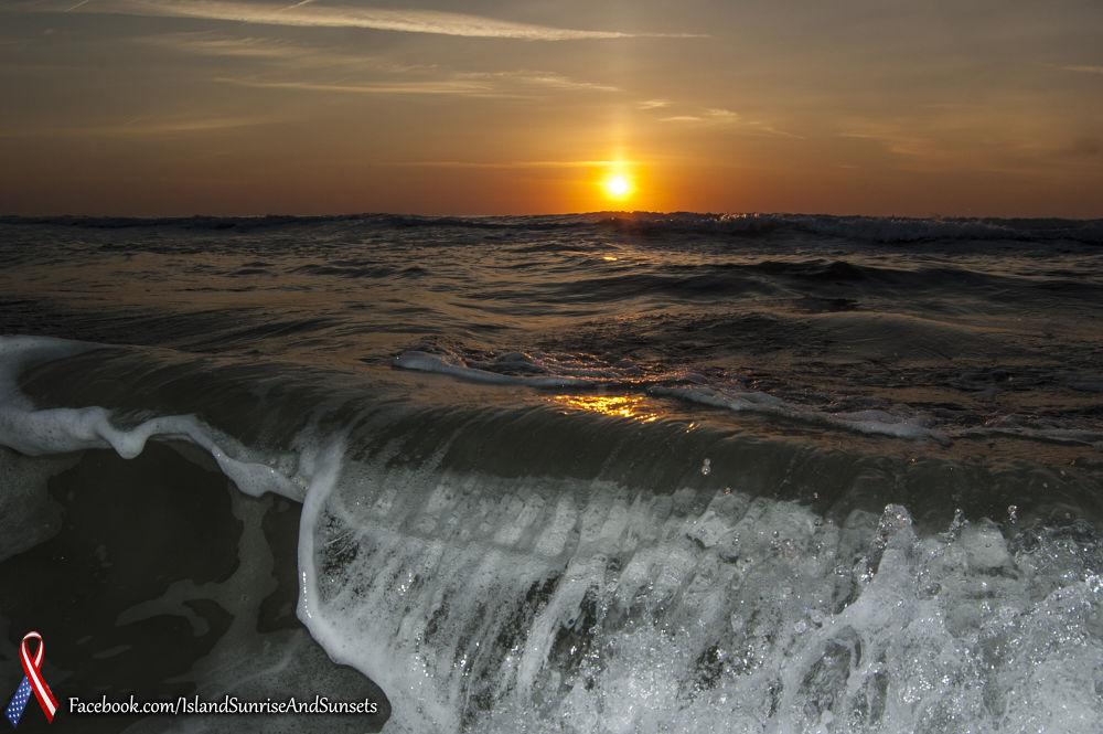 Islandsunriseandsunset559.jpg by pjorrie1