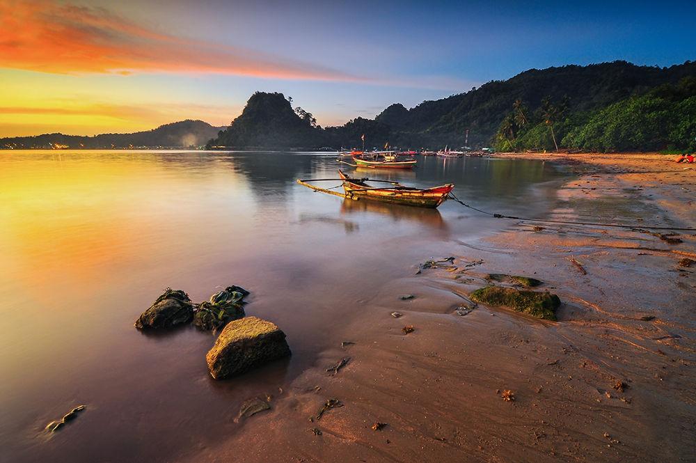Nirwana Beach by Ronee Sutanmaharajo