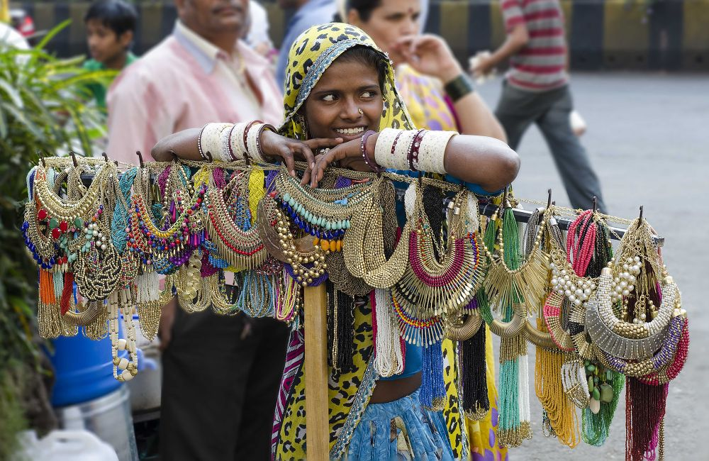Street Vendor by Ravi Chouhan