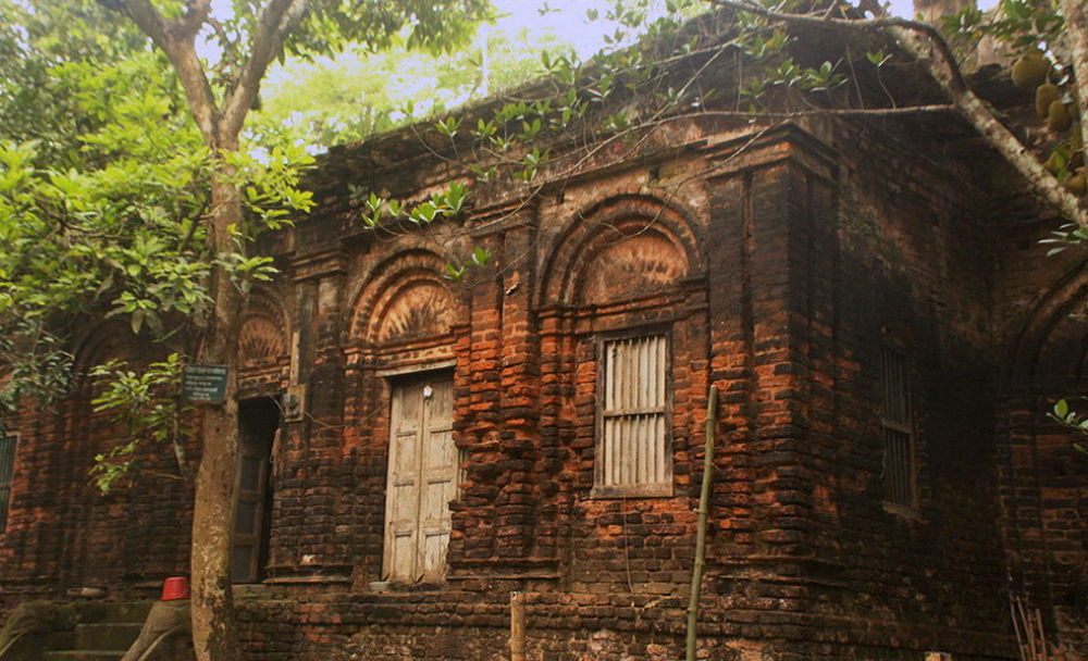 CENTURY OLD  ANCESTRAL HOME : NOW SIXTH GENERATION LIVIG by ShyamalKBanik