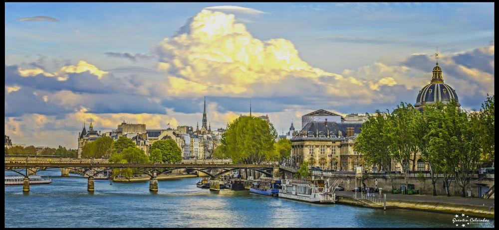 Paris by quentin calvinhac