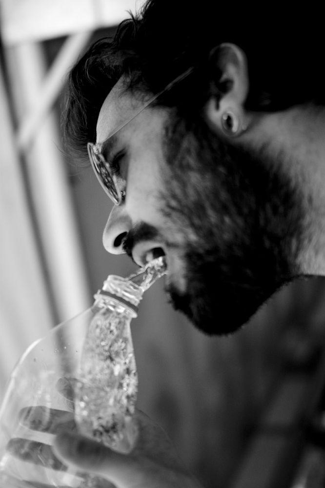 Photo in Random #agua #foto del revés #conceptual #gravedad #sergio bolinches #bolinches valencia #fotografía callejera valencia
