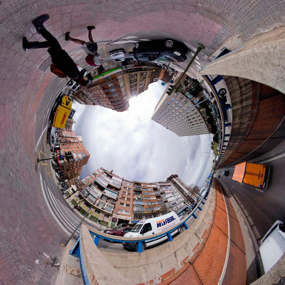 Photo in Random #madrid #bolinches #fotografia creativa #circular en madrid #foto circular madrid