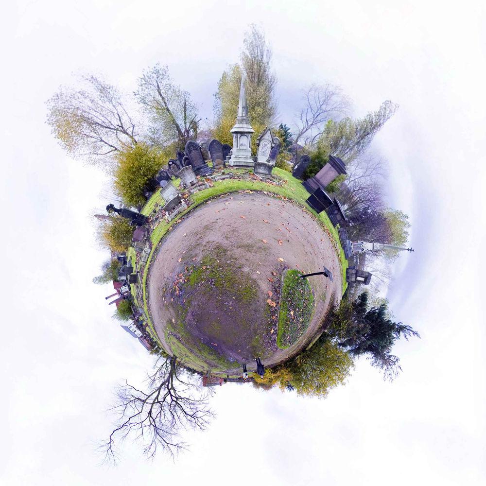 Photo in Random #birmingham #fotografo valencia #fotografia creativa #fotos de viaje #fotos cementerio #fotos tumbas #fotos especiales #fotos raras valencia #estudio de diseño valencia