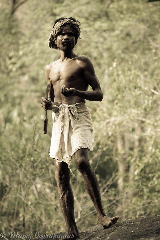 tribals in kuttampuzha by manoj veerakumar