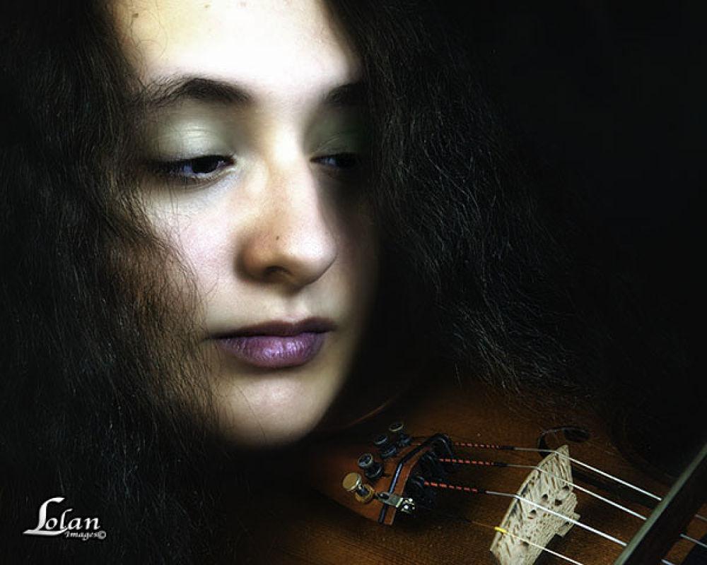 Violinist by tlol