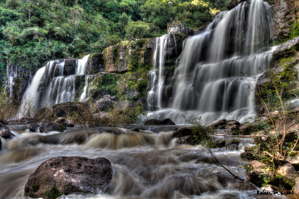 Waterfall HDR by Rafael Sgari [Brazil]