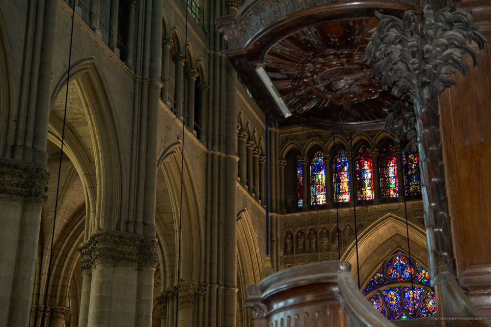 The nave view from the Chair immersed in a divine light by Thierry Preusser