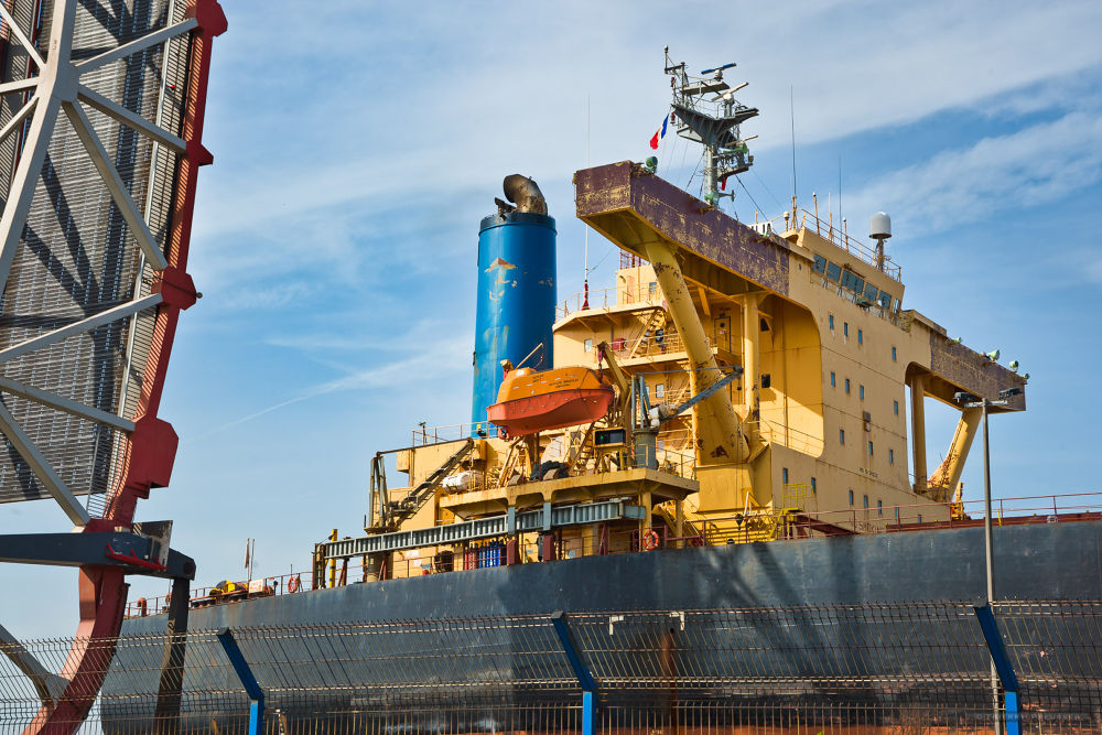 Dunkerque, a ship ore carrier in the lock « Ecluse De Gaulle » by Thierry Preusser