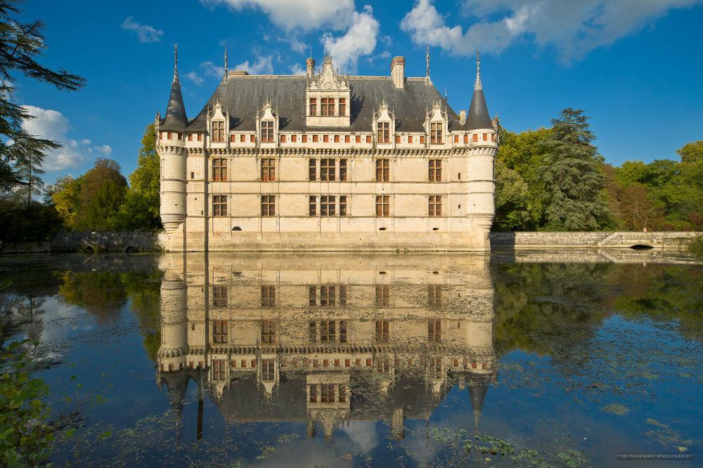 Château d'Azay-le-rideau, Touraine, France by Thierry Preusser