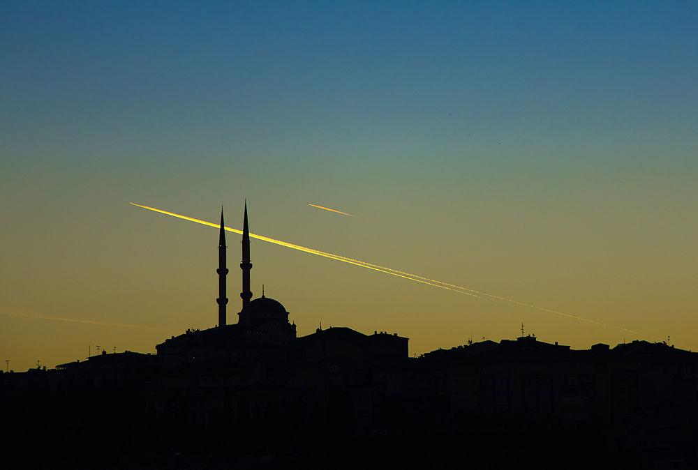 silhouette by Yılmaz Savaş Kandağ