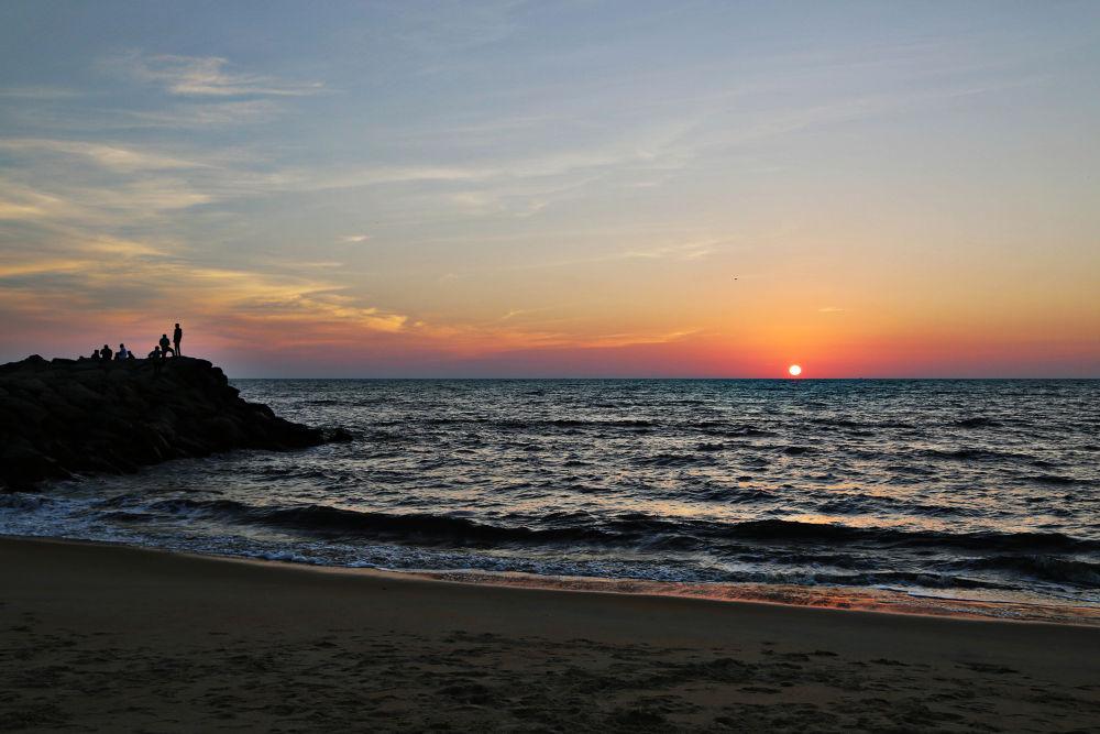 sunset by Sangeeth Thali