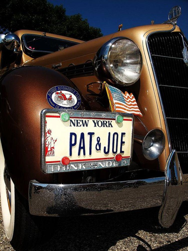 voiture retro, NY by Liborio Drogo