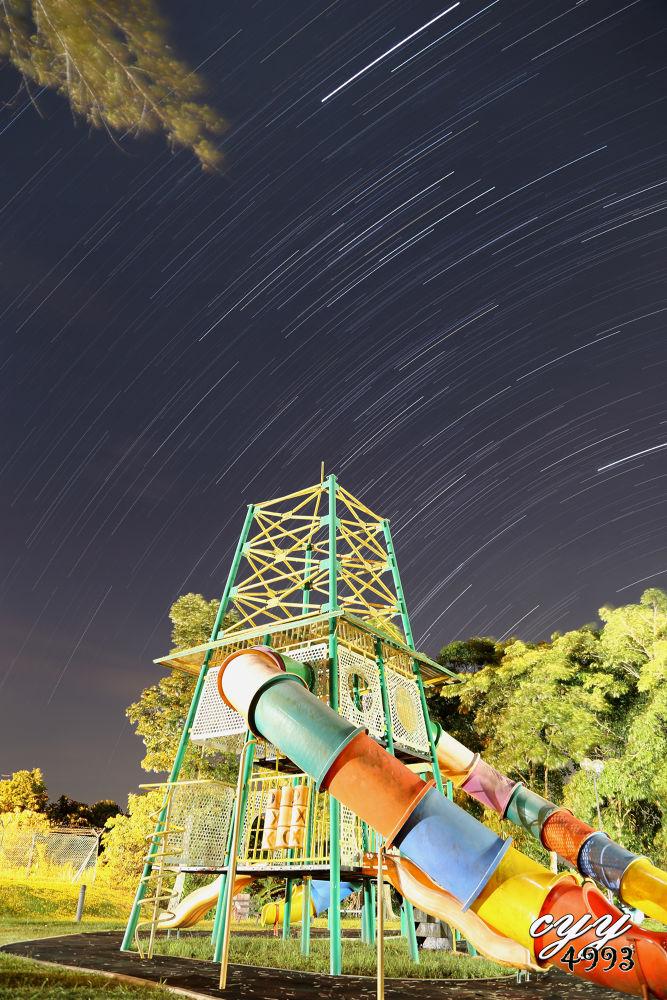Star Trail 2750s by cyy4993