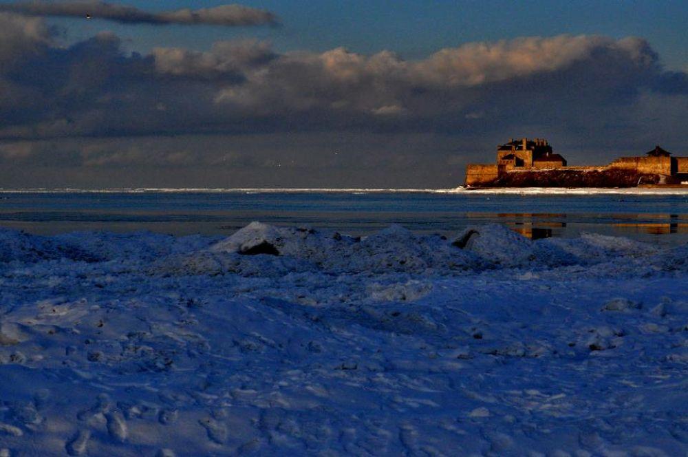 Fort Niagara 2 by Alessandra Fierimonte