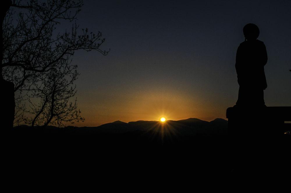 Camino de Santiago ... golden morning at Auberge Orisson by Carsten Busch