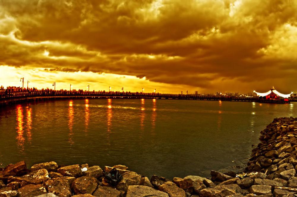 Le Bridge - Ancol.jpg by GustiNoorIfansjah