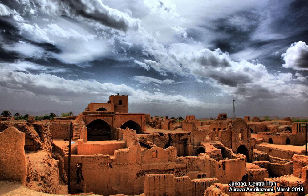 Jandaq, Central Iran by Alireza Amrikazemi