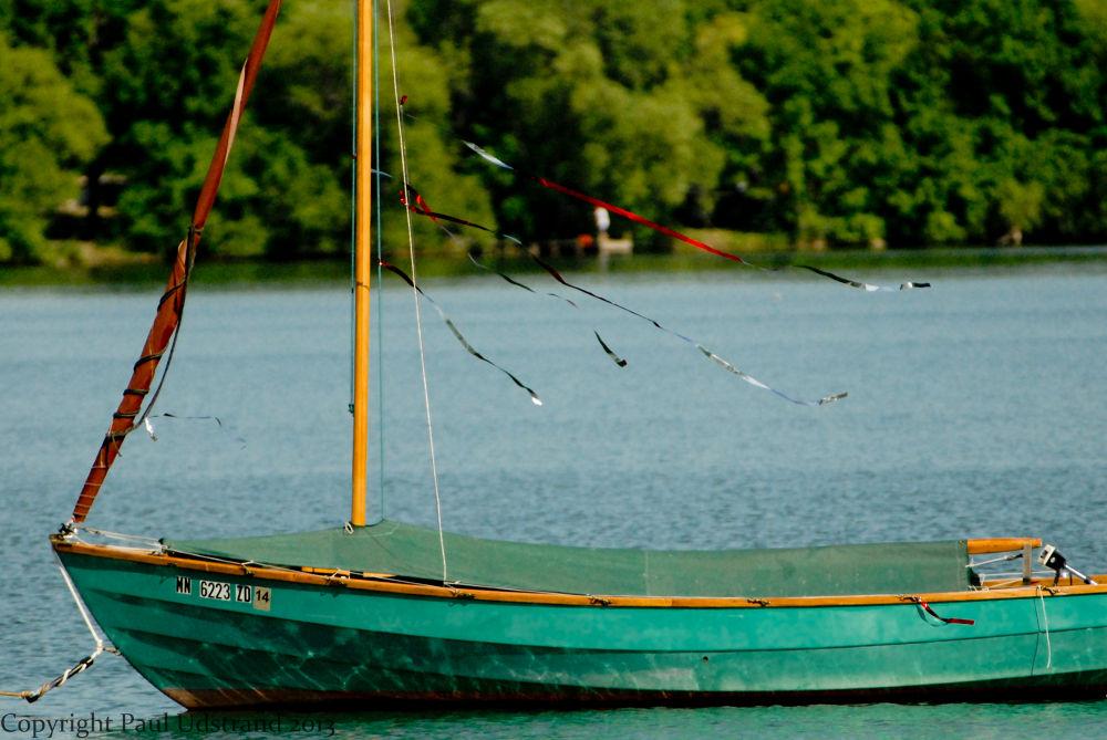 Old Wood Boat by Paul Udstrand
