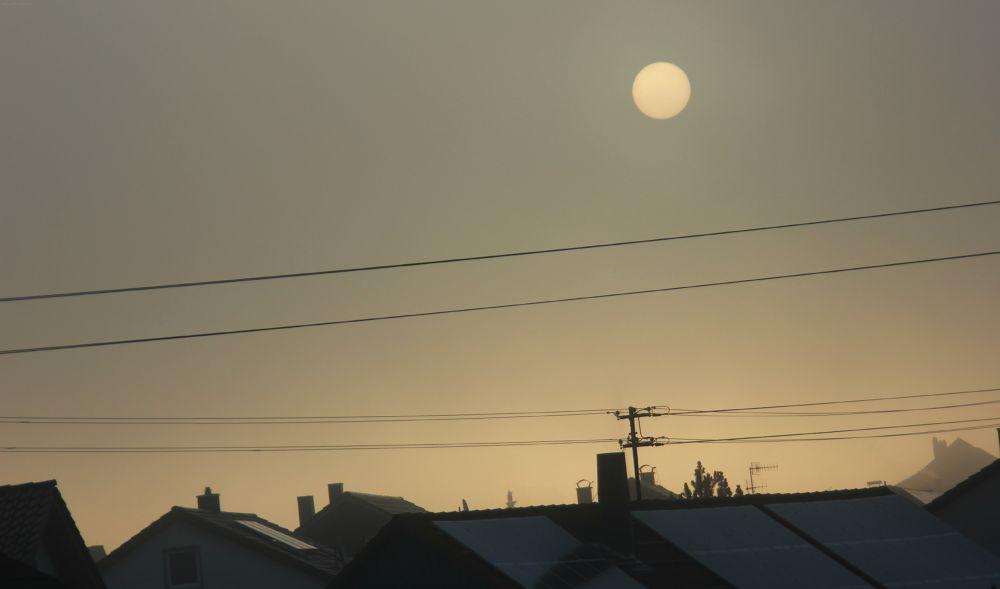sunrise. by LunaLeiii