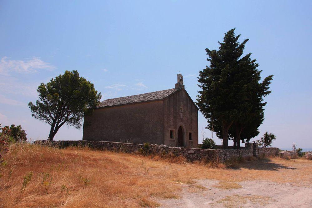 a chapel by Ewa Dudek