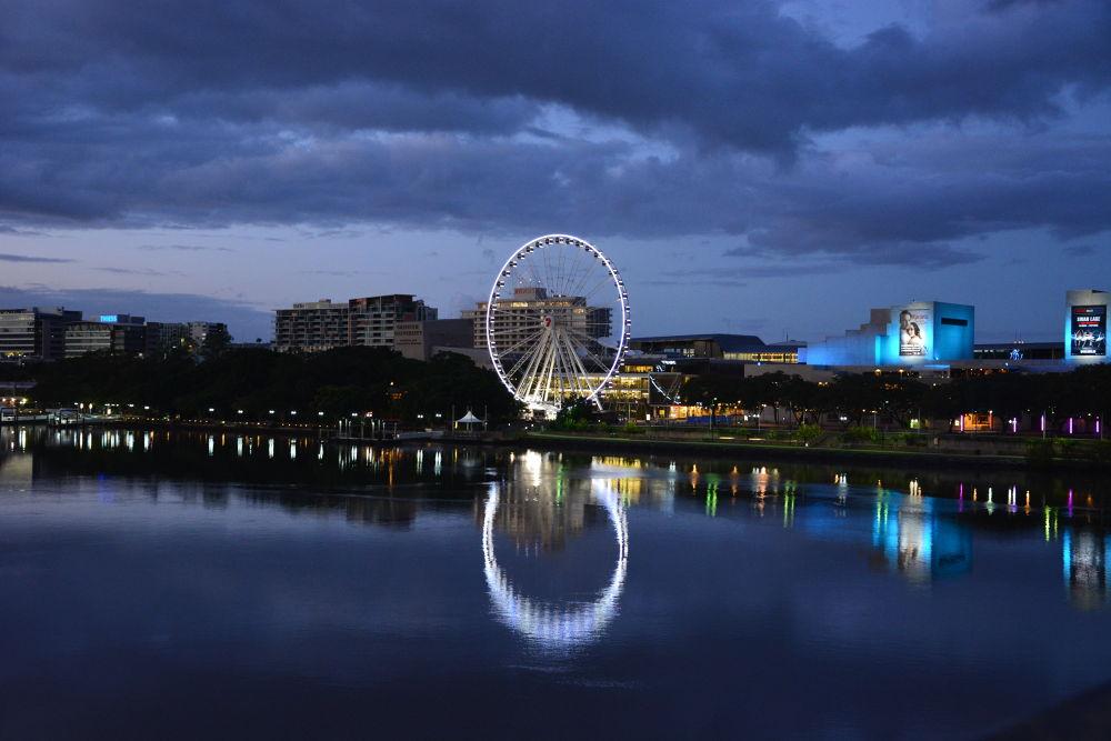 Brisbane Australia by Hakan Leblebicioglu by Hakan Leblebicioglu